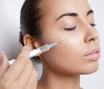 Drs. Maltz and Chui and the team at Allura Skin & Laser Center are highly experienced in the administration of Botox injections.